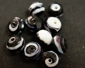 1 black and white FACETED glass BEAD