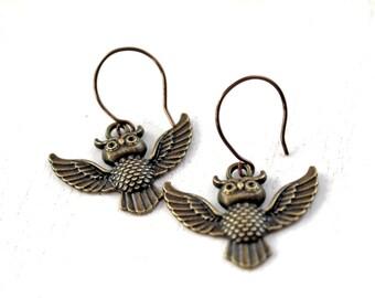 Dangling owl earrings bird brass cute lovely