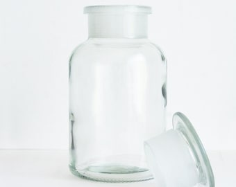 1 Liter (33.8 fl oz) Clear Apothecary Jar, Round Czech Glass