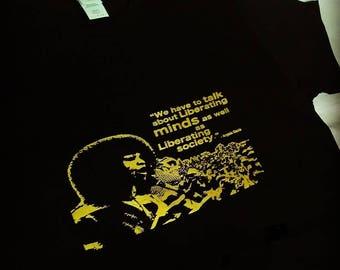 Black-Gold Angela Davis