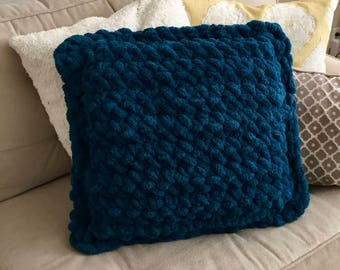 Large chunky crochet pillow