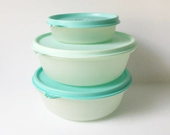 Tupperware storage containers Kitchen Storage Bowls Blue set of 3 1980s Plastic bowls with lids