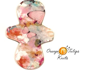 """Cloth Pad MODERATE 9"""" Pastel Butterflies"""