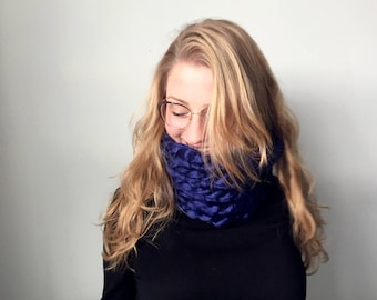 Chunky Knit Luxe Scarf | MADE TO ORDER | Navy Cowl