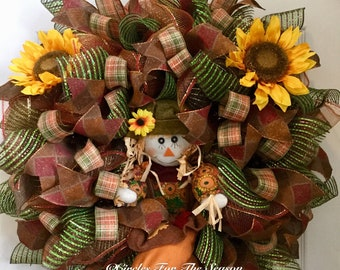 Fall wreath, scarecrow wreath, deco mesh wreath, front door wreath, scarecrow decoration, autumn wreath