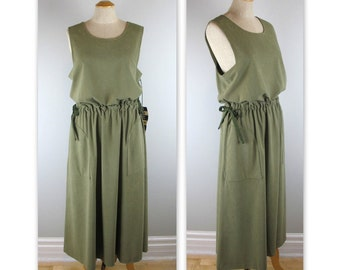Vintage 70s NOS Jumper Dress in Sage Green by Pauli, Montreal