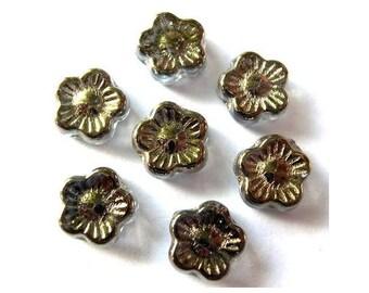 20 Vintage glass flowers beads Czech bronze color 10mm