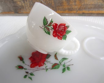 Vintage Red Rose Milk Glass Luncheon Snack Set of 4 Federal Rosecrest