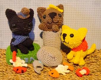 Alley cats street scene amigurumi crochet pattern by Liz Ward