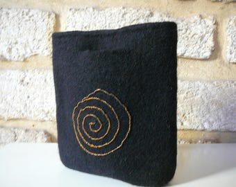 hand felted black clutch bag and its spiral beads