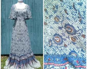 Vintage 70s Dress, bohemian maxi dress with flutter sleeves festival prairie hippie