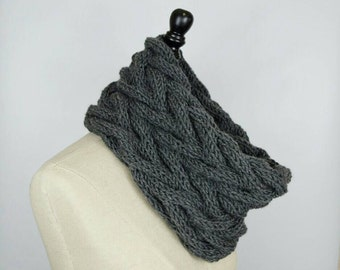Knitted Cowl Scarf, Grey Chunky Cowl, Knit Textured Cowl, Dark Gray Scarf, Braided Chunky Scarf, Gift for Her, Crochet Cowl, Circle Scarf