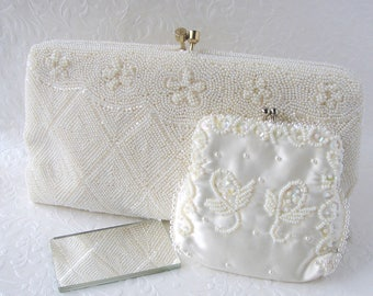 Vintage White Beaded Clutch Glass Bead Wedding Purse Art Deco Style Bridal Handbag w/ Change and Mirror Flowers Diamond Frosted Bugle Beads