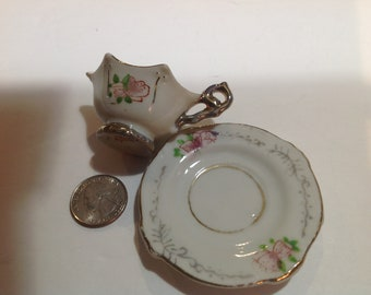 Vintage, miniature Tea Cup and Saucer, made in occupied Japan