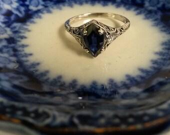 Estate Sterling Silver London Blue 1ct Topaz Ring, size 9.25