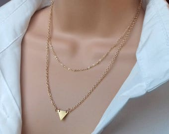 Layering necklace | triangle necklace | gold necklace | minimalist necklace | delicate necklace | geometric necklace | gold triangle
