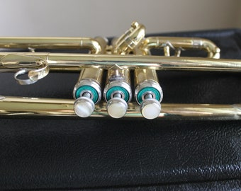 Trumpet Cleveland 600, King Music with King Case, Late 60's, Benge 7C Mouth Piece, Arts Music Shop,