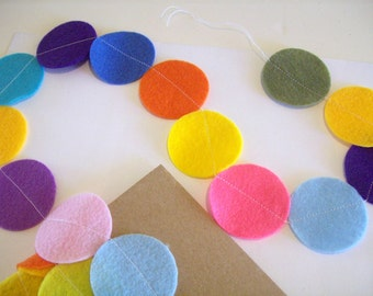 Felt circle garland - zero shipping USA - over eight foot