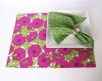 Reversible Placemats - Fuchsia Cloth Placemats - Cotton Pink Place Mats - Table Linens - Eco Friendly - House GIft