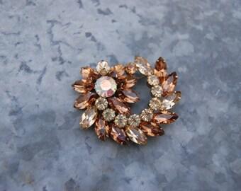 Vintage Topaz and Light Topaz Rhinestone Flower Pinwheel Brooch