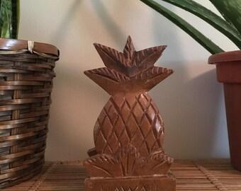 Wooden pineapple napkin or mail holder deim Hawaii