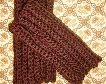 The Mini Cary Fingerless Gloves - Luxurious Hand Crochet Merino Wool Wristwarmers