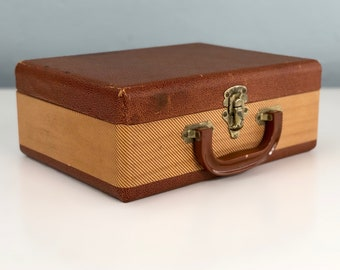 Vintage Small Size Suitcase, Old Suitcase, Vintage Travel, Photo Prop, Vintage Luggage, Stage Props, Cosmetic Size Hard Body