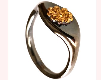 Signet Pinky Ring Chevalier Ring Solid Sterling Silver Gold Plated  Black And Gold Ring  Ancient Greece Daisy  Contemporary Fine Jewelry