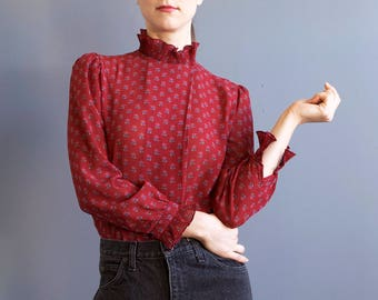 Red blouse with frills / oxblood floral secretary blouse / romantic blouse / bric red tone blouse / top with frills