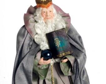 1:12 Scale Miniature Merlin Dollhouse Doll
