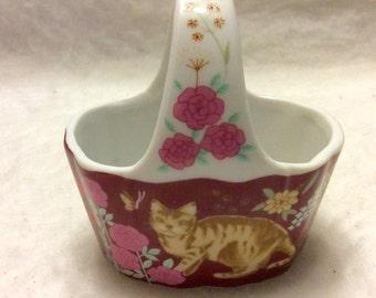 Action Japan porcelain trinket basket cat kitty kitten decor. Free ship.