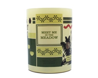 Meet Me in the Meadow: 11oz perfumed candle. Linden blossom, grapefruit, pinot gris.