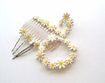 Daisy hair comb Wedding accessory silver tone Spring Summer Bridal hair comb  Flower Girl