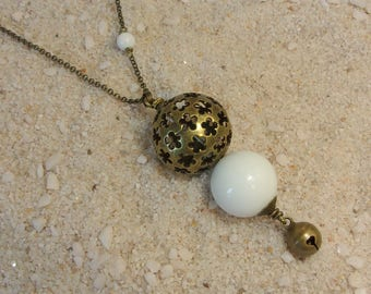 Pregnancy jewelry, Bola - natural stones, white Agate necklace