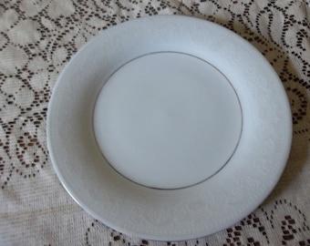 "Crown Ming fine china. 10  1/2"" dinner plate. Crochet pattern"