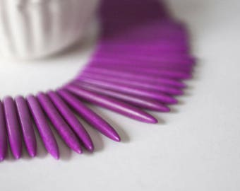 "10 tips/spikes ""Bullets"" hot pink Howlite gemstone"