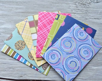 Patterned envelope and note card set set of 8, Size 5 1/4 ix 3 3/4 inches