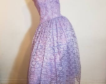 FREE  SHIPPING    1950 Lace Full Circle Skirt Party Dress