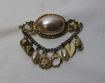 Vintage Charm Brooch With Faux Pearls