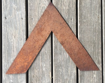 Metal arrows wooden sign