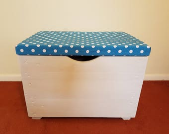 Medium Toy Box With Upholstered Seat Lid - Choice of Fabric - Personalised - Handmade Recycled Wood - Kids - Children Birthday Gift