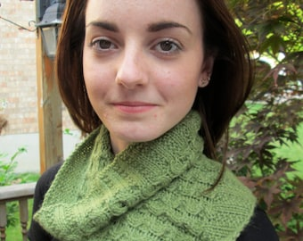 KNITTING PATTERN: Woven Circles Cowl, Instant PDF Download