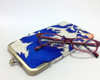 Eye glass case/ Smartphone case /Vintage Japanese kimono fabric case /Sun glass case / Hand-made 62