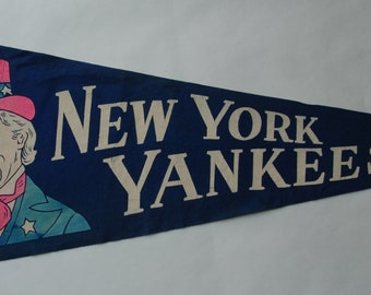 1950s-'60s era New York Yankees Baseball Team Souvenir Felt Pennant — Free US Shipping!