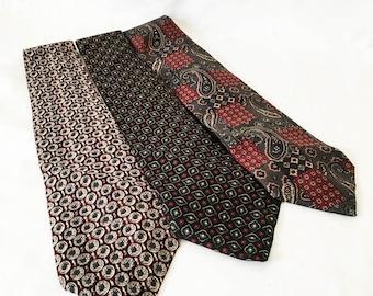 Vintage men's ties destash - Men's wide SILK ties set of 3 - men's silk neckties - Hilfiger Bill Blass ties - lot of silk ties - men's ties