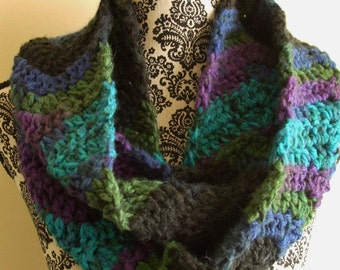 Black & Blue Infinity Scarf - Crochet Chevron Loop