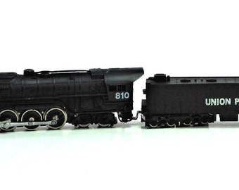 Bachmann N Scale Union Pacific 810 with Tender High End in Original Case