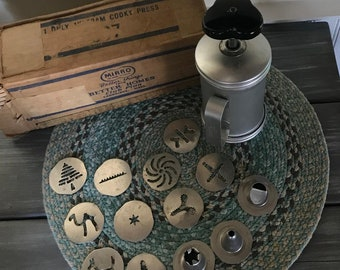 Vintage Mirro Cookie Press with plates/tips in original box