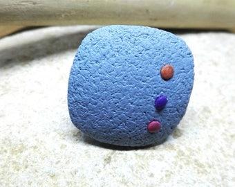 Anillo ajustable con pieza de arcilla polimérica