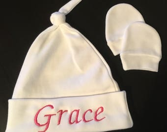 Personalised Embroidered Baby Hat and Mitts Set